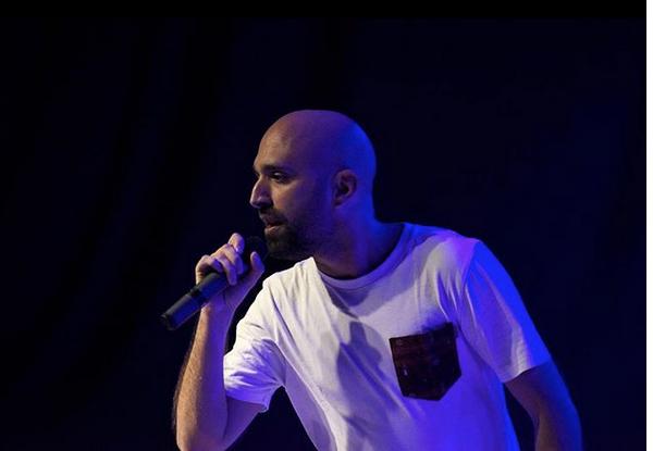 Alex Orellana: de las aulas al bombo y caja - Música - Cultroom ...